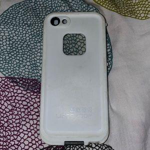 iPhone 5/SE Lifeproof case 💪